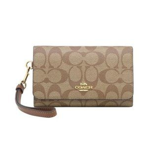 COACH NWT Flap Phone Wallet in Signature Canvas